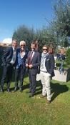 Il Presidente Mario Guidi e il Direttore Francesco Fiore, insieme a Vincenzo Giugliano e Domenico Vallefuoco