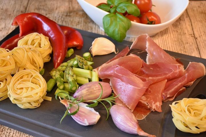 Istituzioni ed imprese assieme per una campagna di informazione sul food italiano