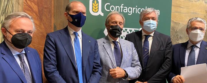 Confagricoltura e Uncai rinsaldano i rapporti tra agricoltori e contoterzisti. Presentato il progetto normativo per l'agromeccanica